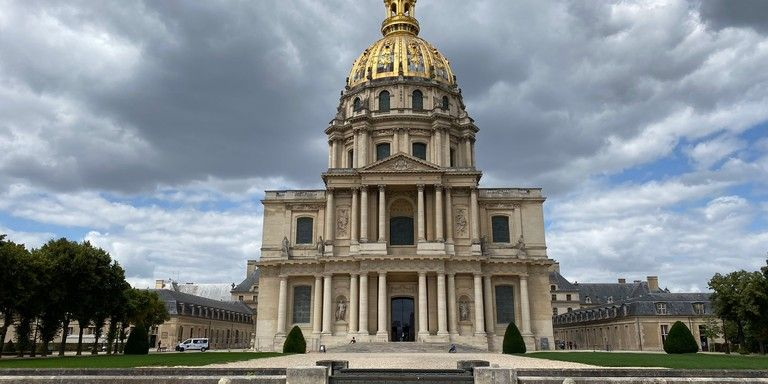 The 7th Arrondissement - Eiffel Tower, Invalides
